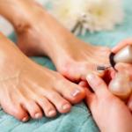 爪水虫・爪白癬はネイルサロンやマニキュアでも感染する?原因は?